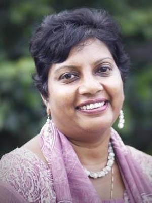 2013 Dr Shobha Arole '78