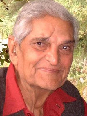 2004 Brigadier Hukam Singh Yadav '38